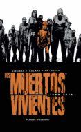 LOS MUERTOS VIVIENTES (INTEGRAL): LIBRO 3 - 9788468477688 - ROBERT KIRKMAN